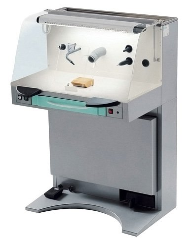 Workstation for dental technician