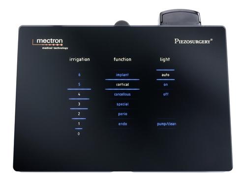 сенсорное управление аппарата для костной пьезохирургии Piezosurgery